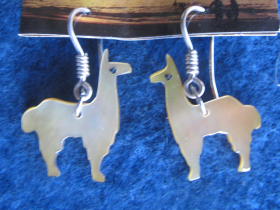 llama_alpaca_earrings_cat